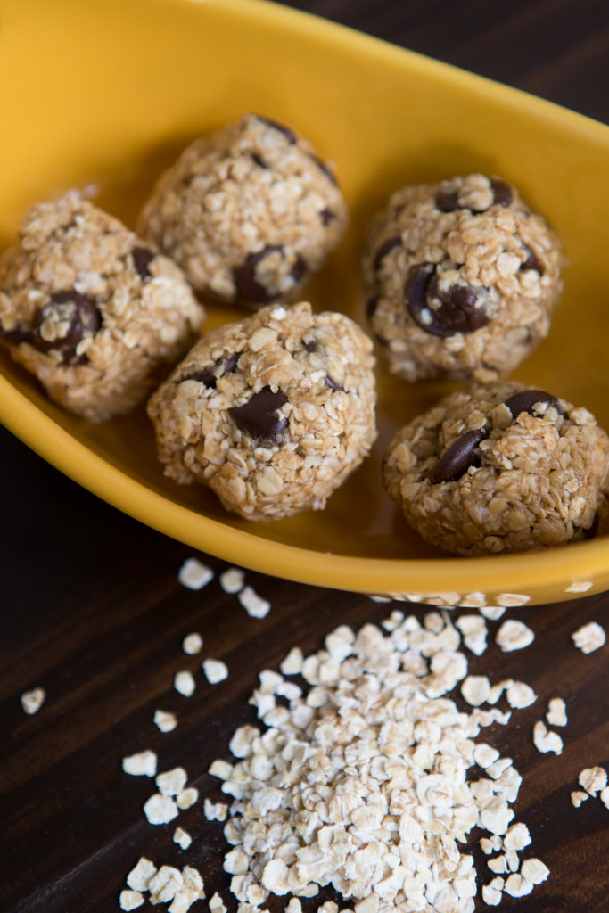Healthy Lunch Box Inspiration + Peanut Butter Energy Bites