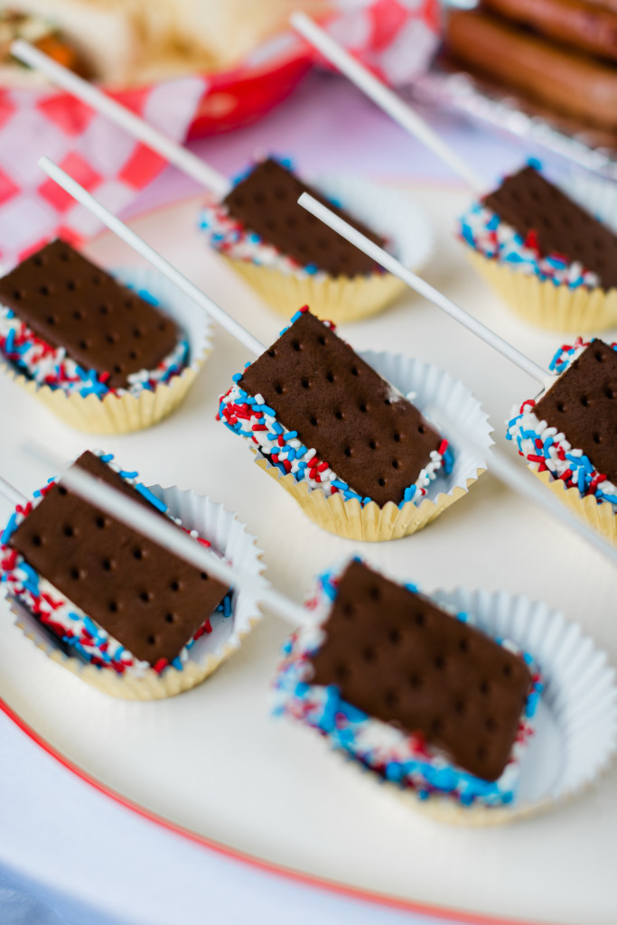 Recipe: Patriotic Ice Cream Sandwiches