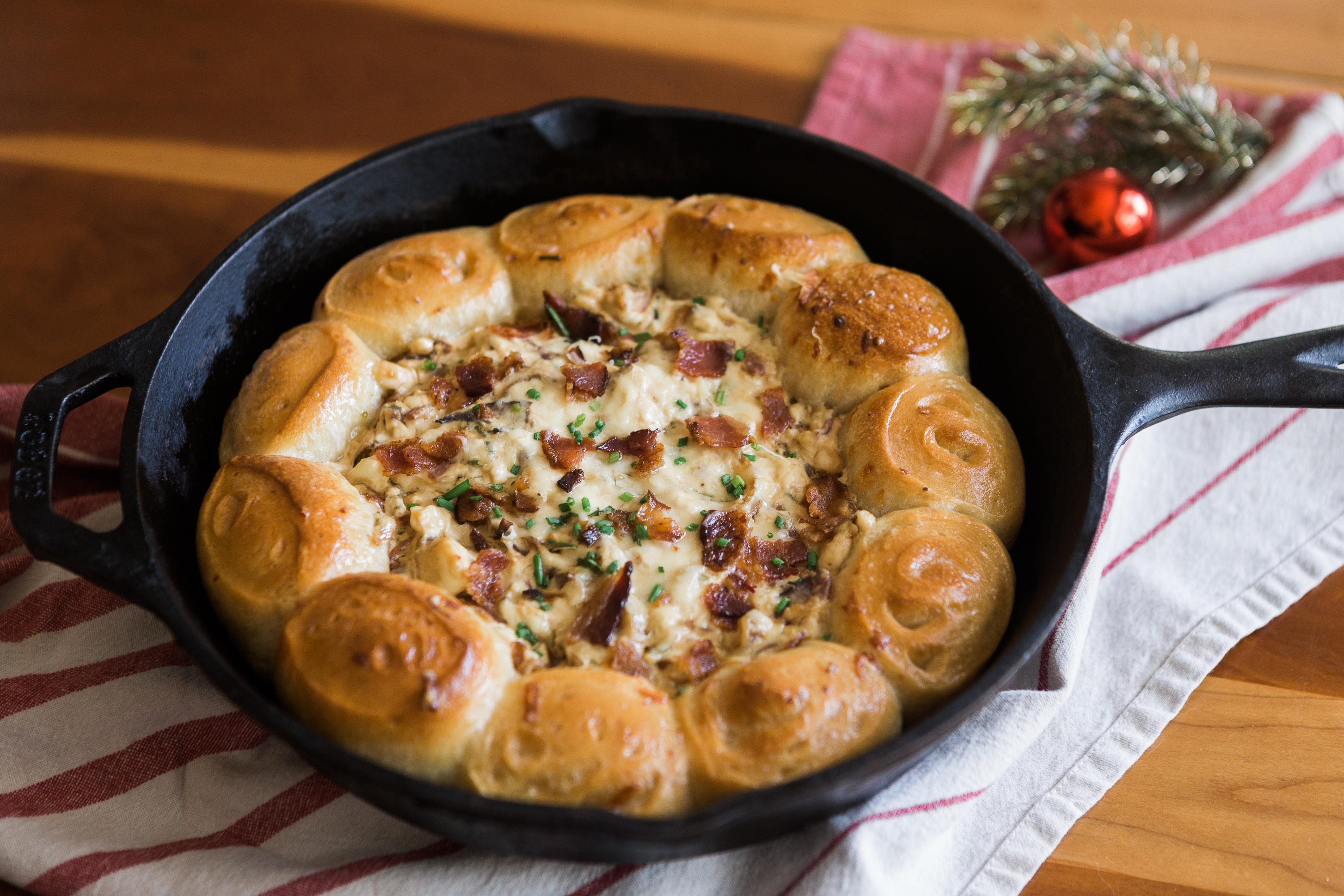 Recipe: Caramelized Onion and Bacon Wreath Dip
