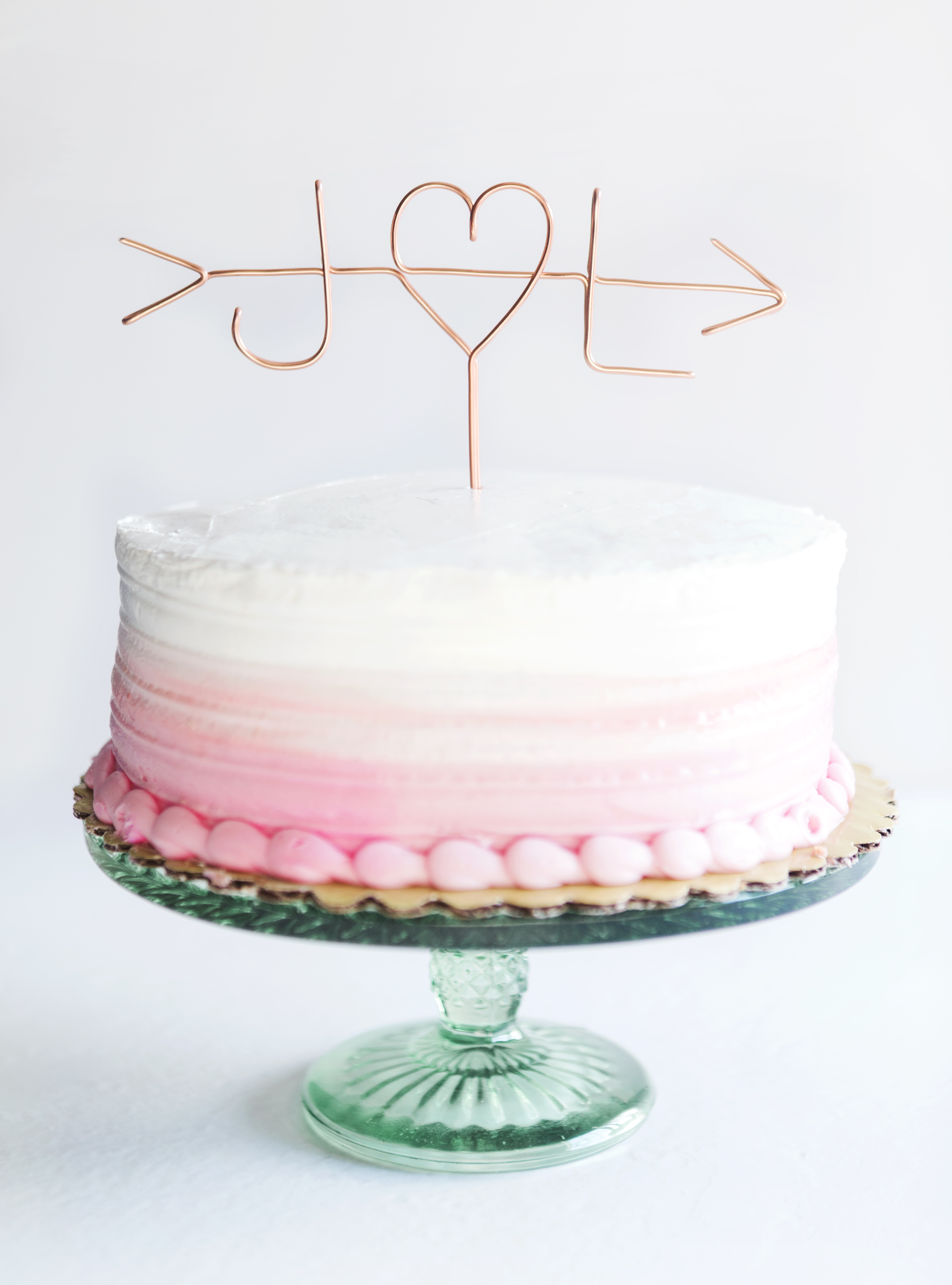 Three Wedding Cake Toppers You Can Diy